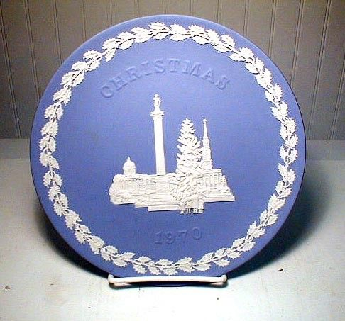 Wedgewood CHRISTMAS   PLATE   1970 Blue and by SwedishGalsAttic, $20.00