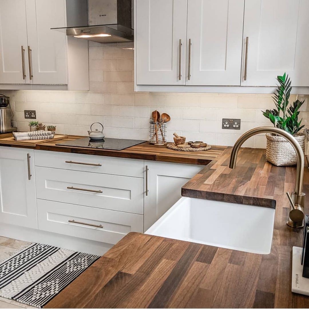 If You Haven T Already Go Check Out Houseofniina Her Newly Remodeled Kitchen Is Stunning Kitchen Design Small Interior Design Kitchen Home Decor Kitchen