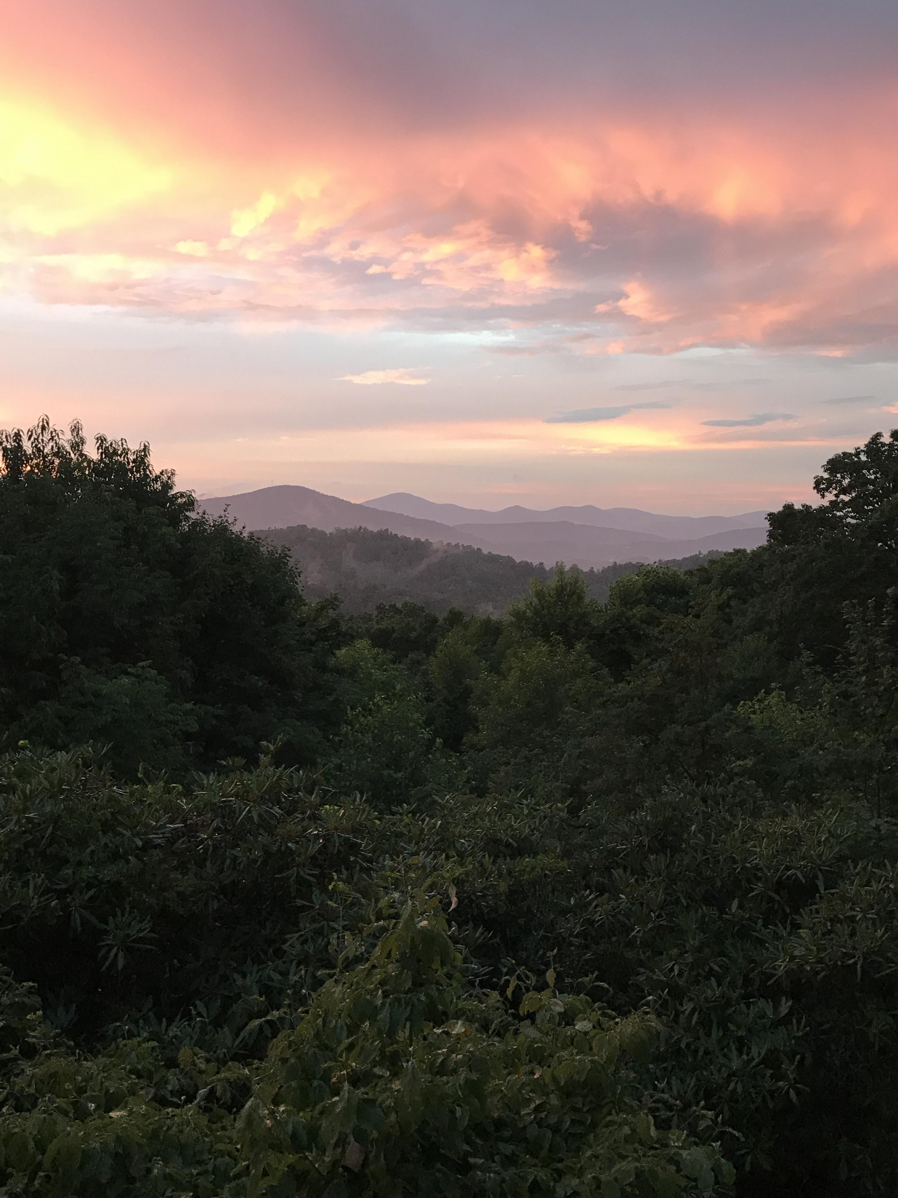 The Blue Ridge Mountains At Sunset In Boone Nc Oc 1920x1080 In 2020 Sky Aesthetic Nature Photography Nature Aesthetic