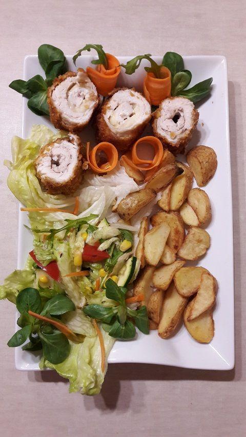 Lubicie kotlety z kurczaka? Soczyste dewolaje z masłem lub serem w chrupiącej panierce kukurydzianej smakują wybornie 😋  #kurczak  #курица #kotletyzkurczaka #kotletydrobiowe #periperichicken #блюдаизкурицы #drob #drób #chicken #chickenrecipes #chickenbreast #chickendinner #chickentenders #mięso #mieso #dinner #obiadek #pomyslnaobiad #obiad #dienospietus #obiadydomowe #mittagessen #kolacjawedwoje #kolacjamistrzów #kolacja #vakariene #vakarienė #abendessen  #ужин #ужинать #gotowanie
