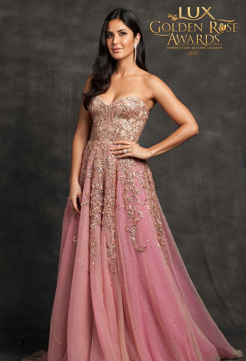 Pin By Fayza Akhtar On Katrina Kaif Bollywood Dress Katrina Kaif Wallpapers Gowns Of Elegance
