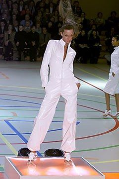 Givenchy Spring 2000 Ready-to-Wear Collection Photos - Vogue