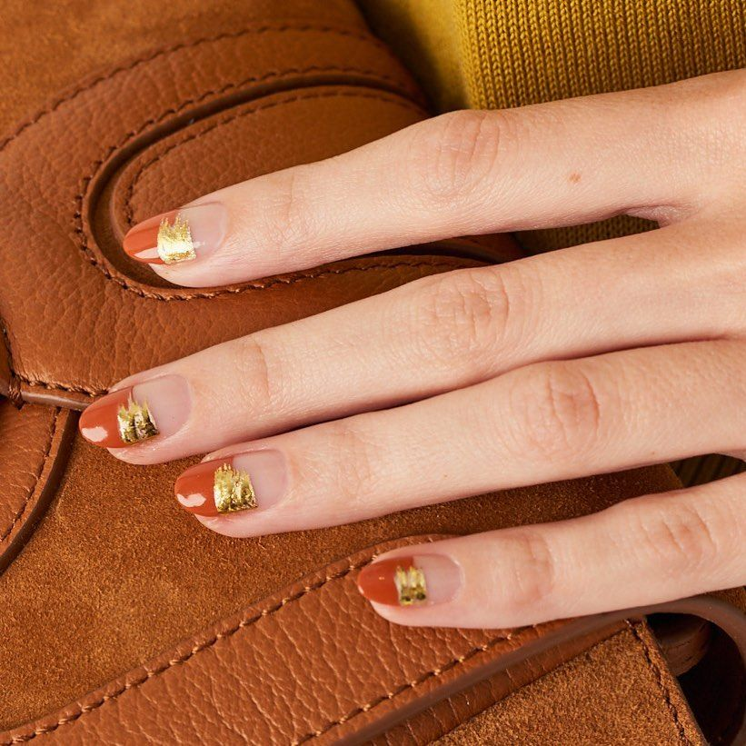 Looking for some cute Thanksgiving nail art or fall nail polish colors? Check out this Instagram roundup for the prettiest and easiest manicure ideas to copy.