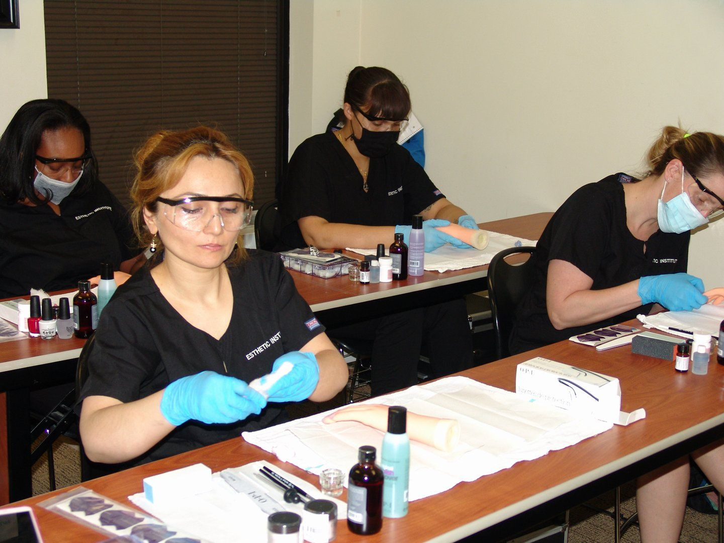 Accredited Online Nail Technician Courses in 2020 Nail