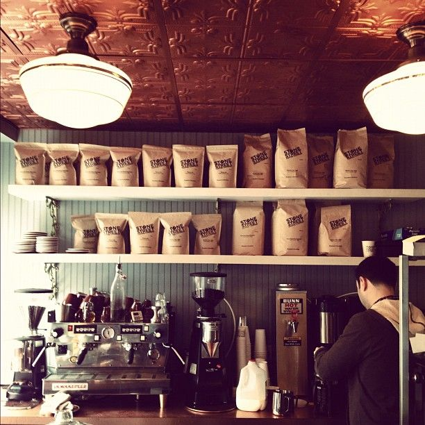 NYC coffee shop - if anyone knows where this is, please let me know! Great compact set up.