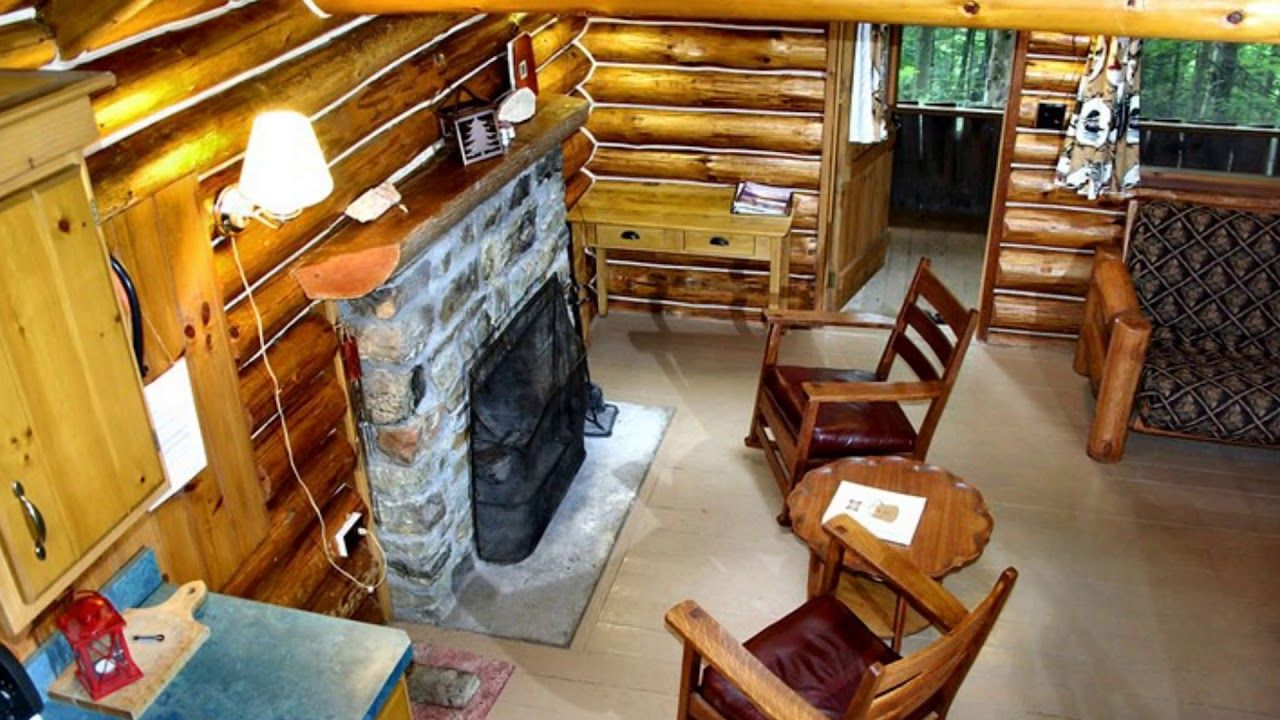 Luxury secluded log cabin rental next to a brook