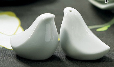 #mon-fete.com             #love                     #Salt #Pepper #Shaker #Favors- #Love #Birds         Salt & Pepper Shaker Favors- Love Birds                                       http://www.seapai.com/product.aspx?PID=910979