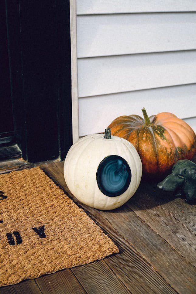 65 Creative Pumpkin Carving Ideas Creative pumpkin carving ideas - halloween fish tank decorations
