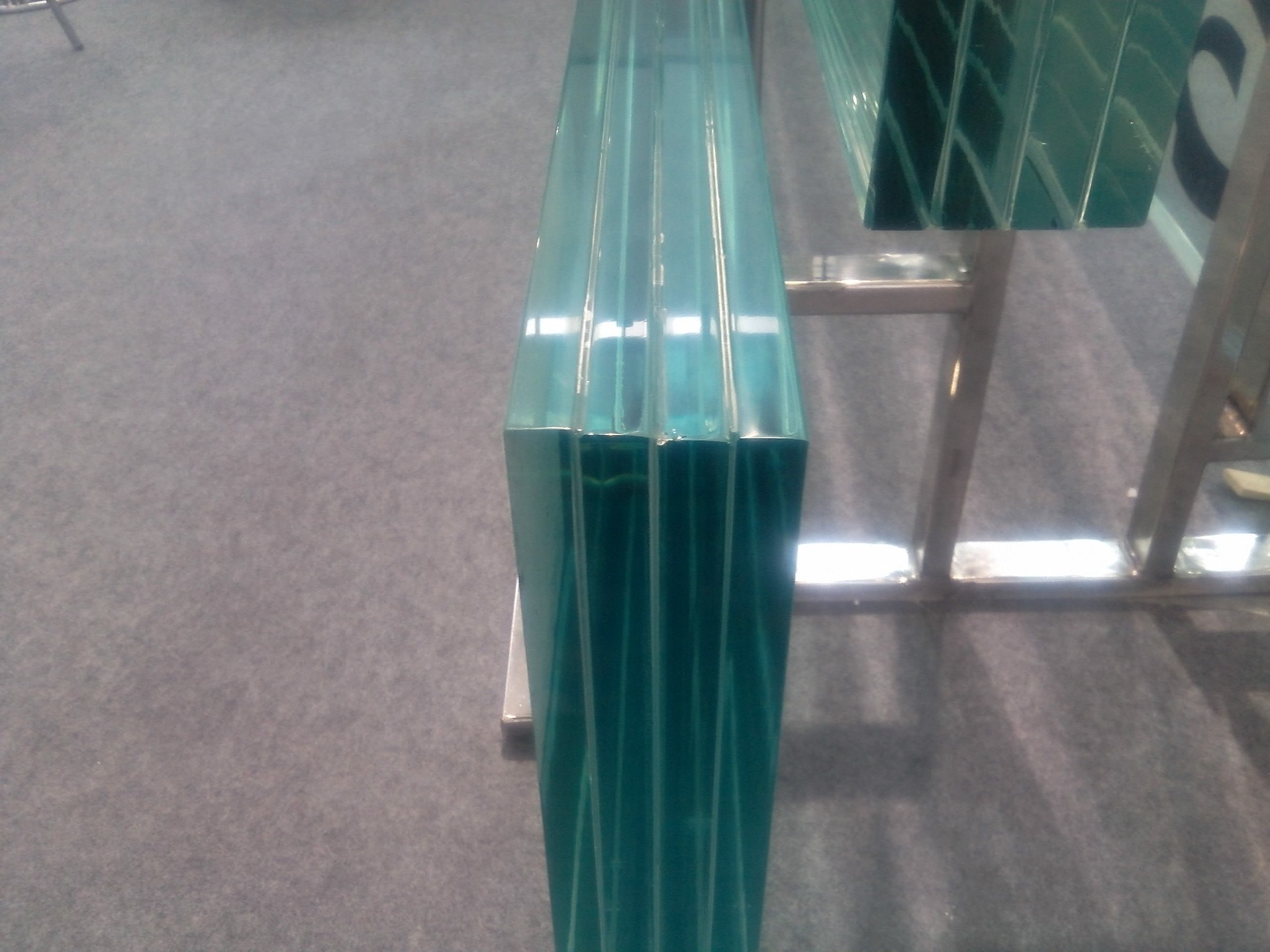Laminated Glass Laminated Glass Is Widely Used In Building Glass Such As Glass Curtain Wall Stair Steps Partition B Laminated Glass Glass Glass Curtain
