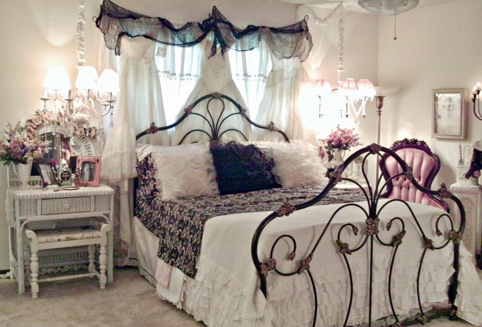 glam bedroom shabby chic bedrooms bedroom vintage glam on cute bedroom decor ideas for teen romantic bedroom decorating with light and color id=84407