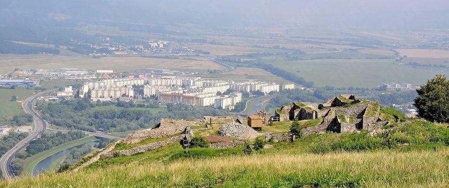 Unikátny nález archeológov na Pustom hrade: Cisterna zo 14. storočia je dodnes funkčná!