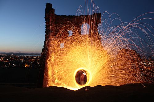 ruin'd flare by readwrite, via Flickr  http://www.fubiz.net/galleries/set/burning-light-painting/photo/4449490396/