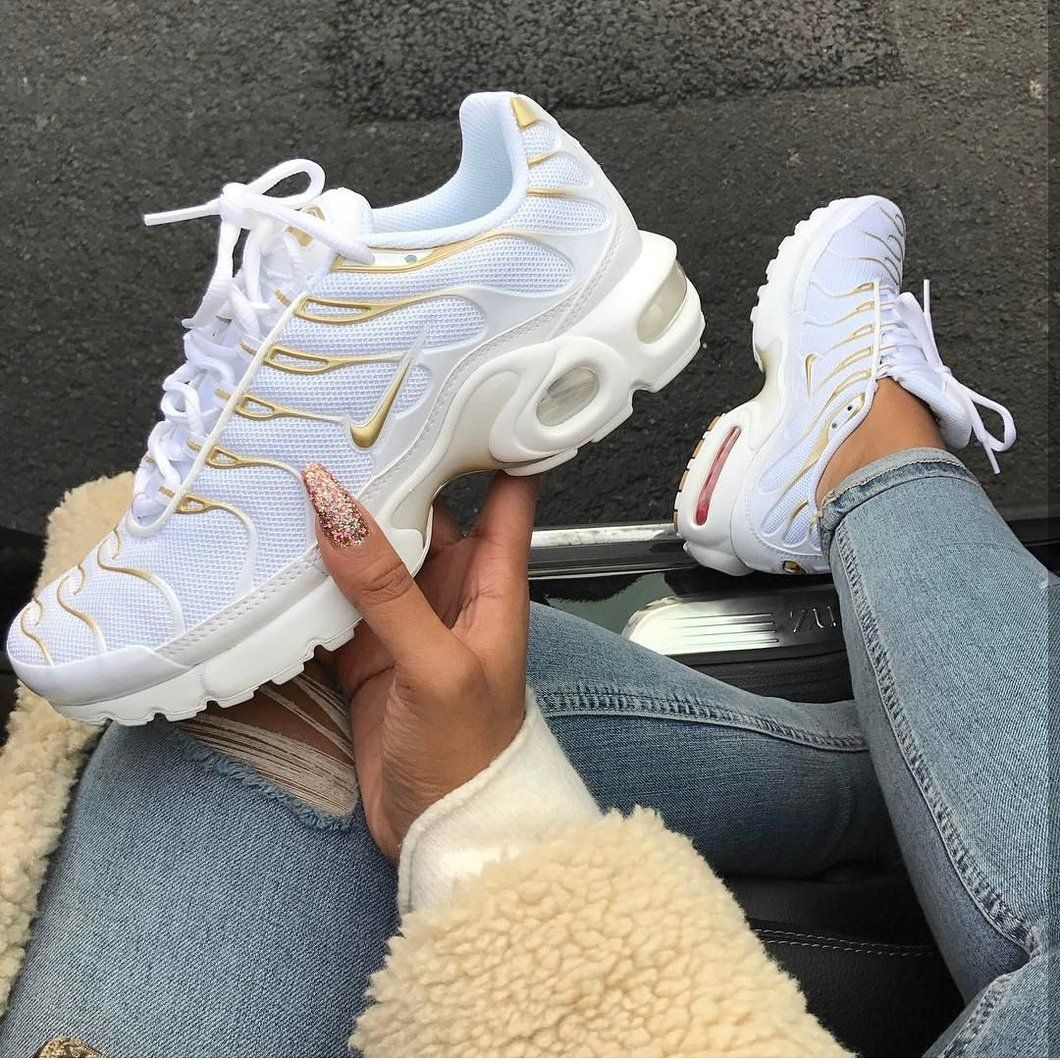 reputable site 0eadd 59698 Ultra TN White/Gold | Jordans | Sneakers, Shoes sneakers ...