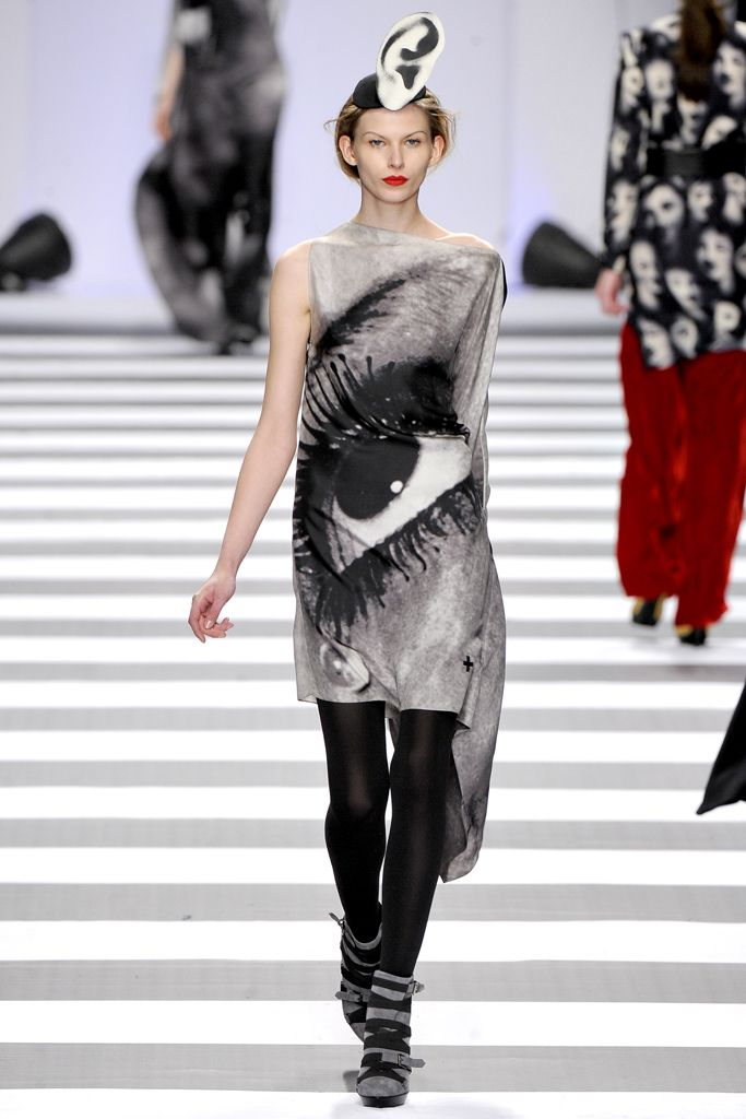 JC de Castelbajac | Fall 2011 Ready-to-Wear Collection | Style.com