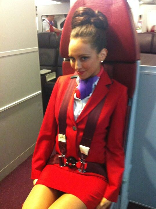 air hostess ASS - XVIDEOSCOM