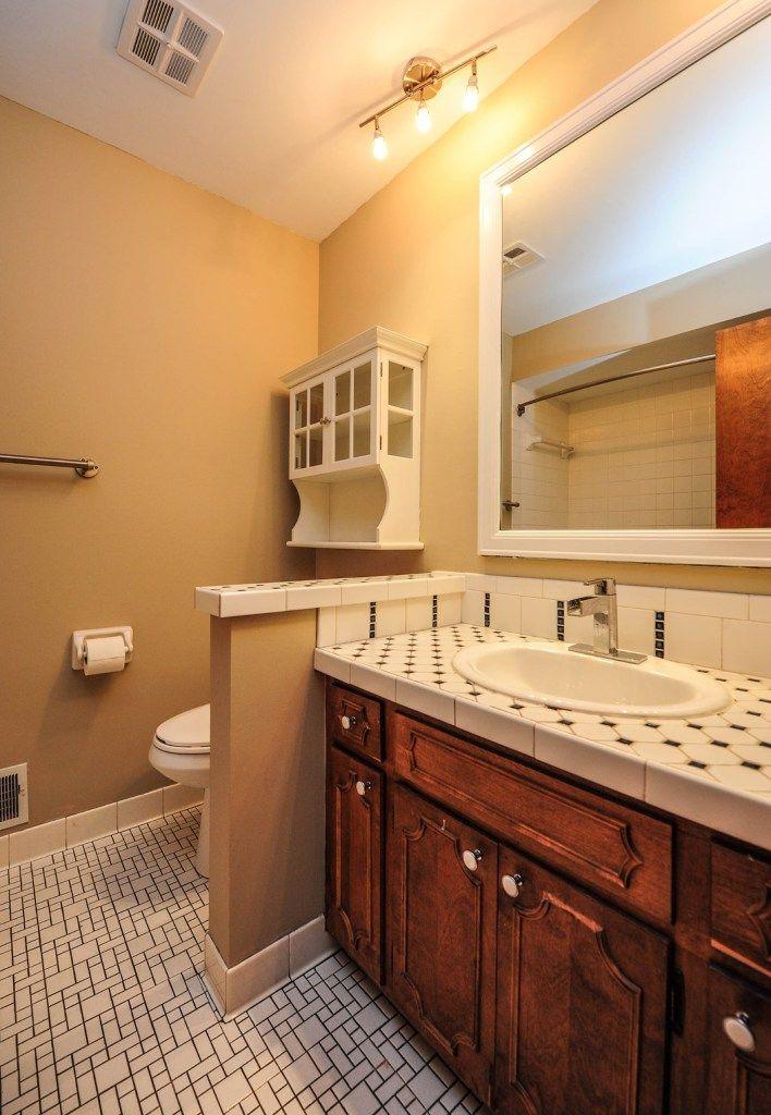 Vanity And Knee Wall Separating Toilet Bathrooms Remodel