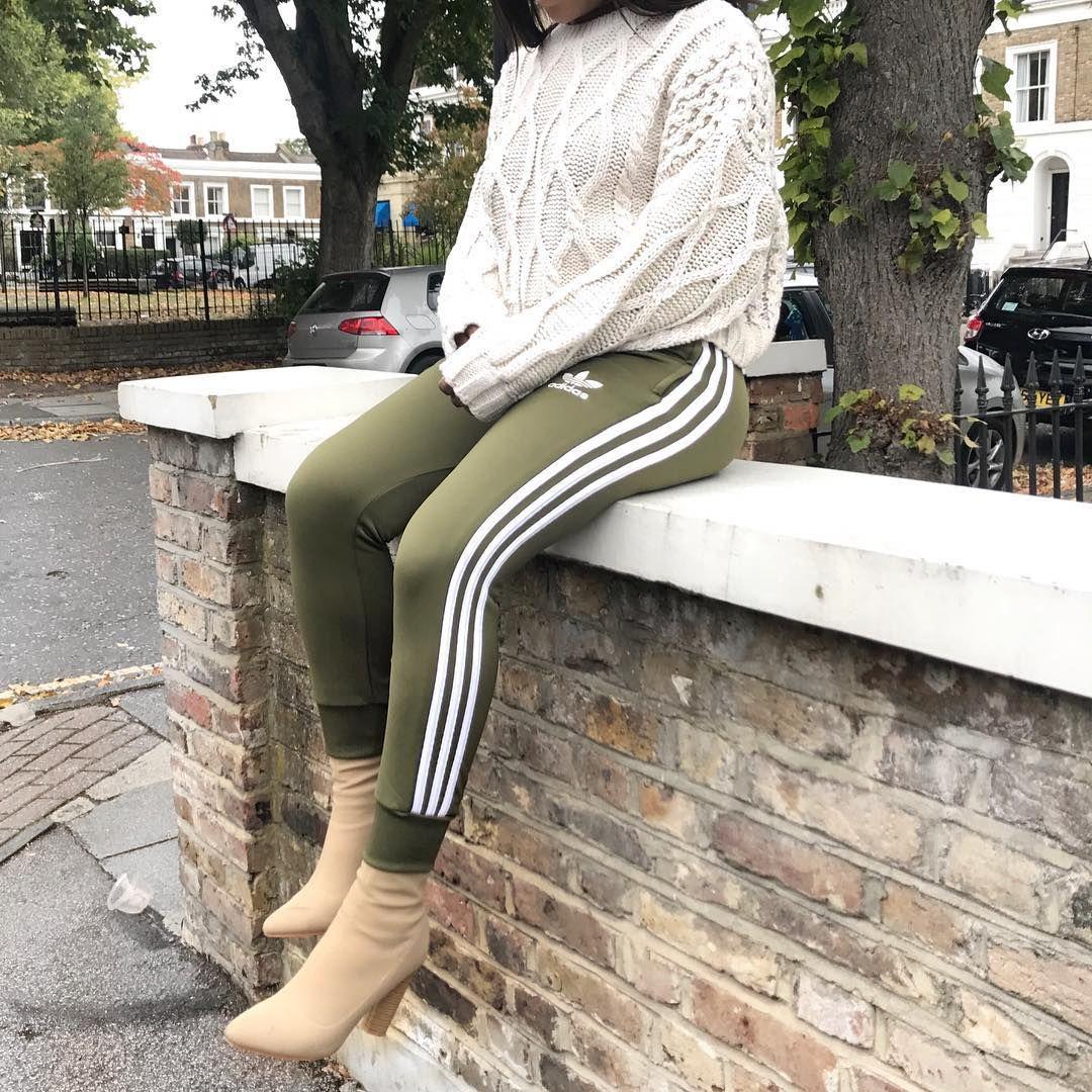 Fashion|Style|Outfits|Inspo on Instagram: Oversized shirt