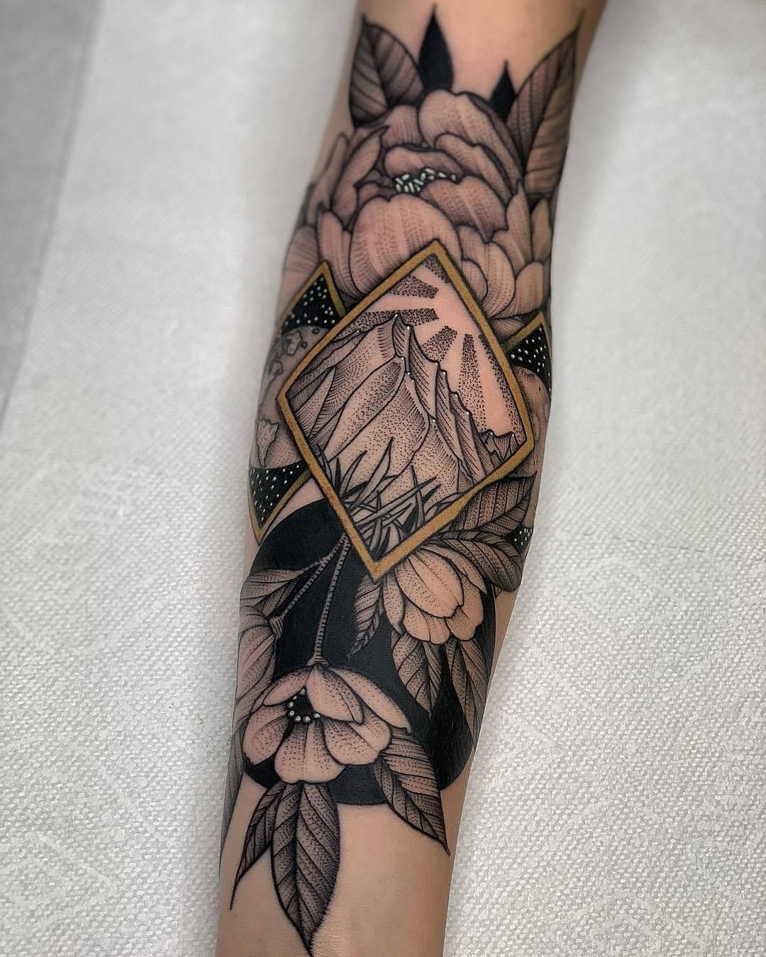 Electrictattoos in 2020 sleeve tattoos for women unique