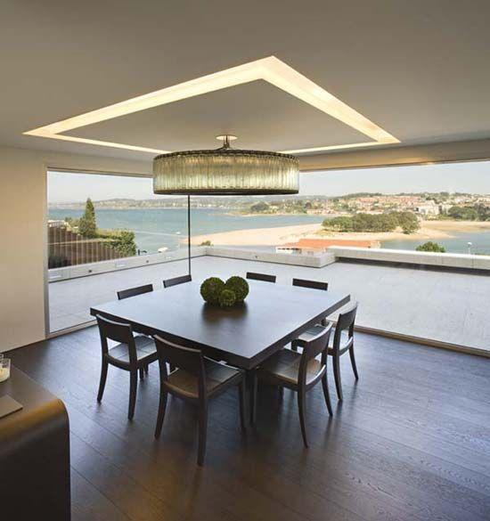 Recessed ceiling light