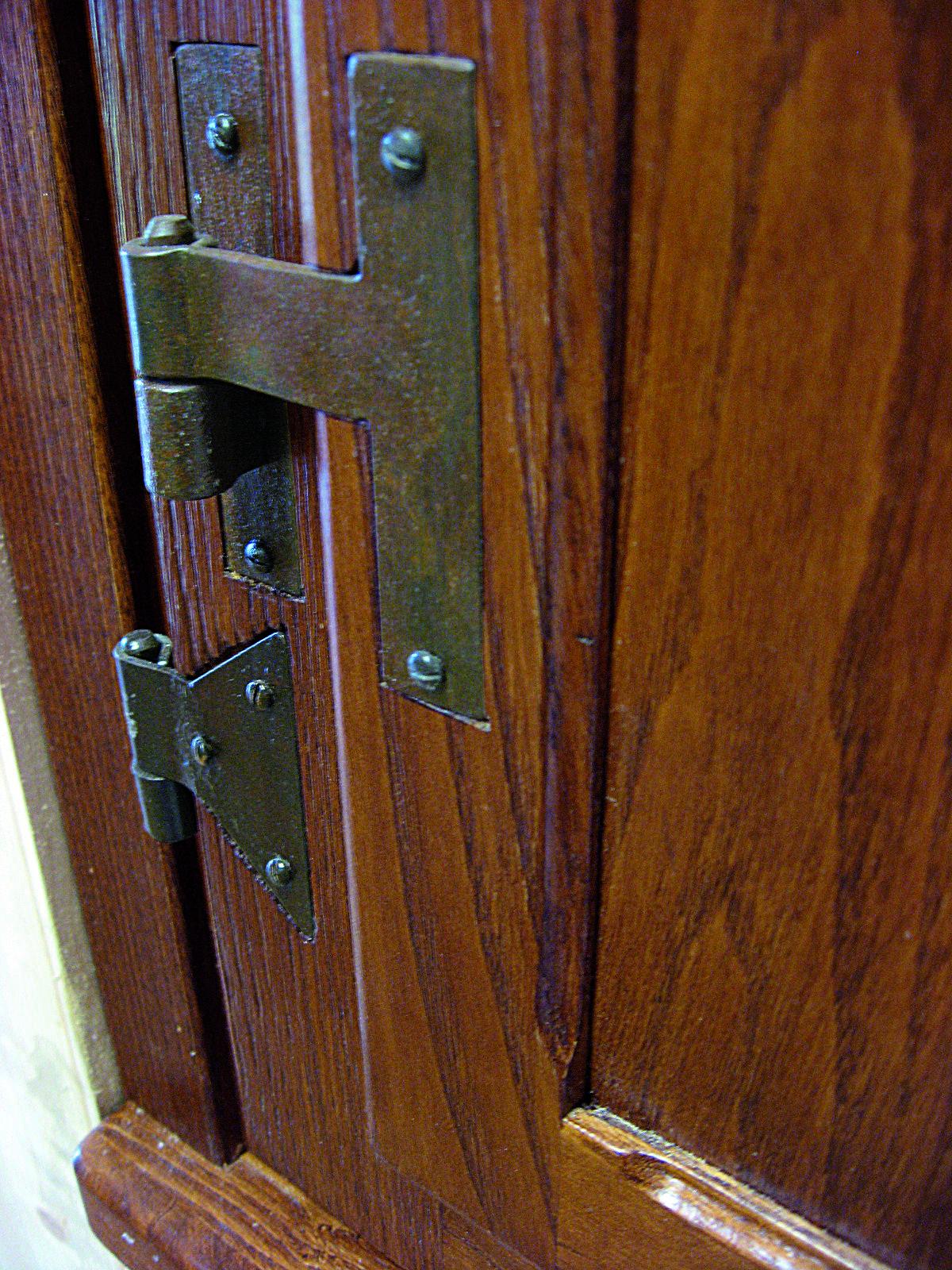 Cerniere codette ad incasso in ferro battuto per finestre legno e pittura pinterest - Cerniere per finestre in legno ...