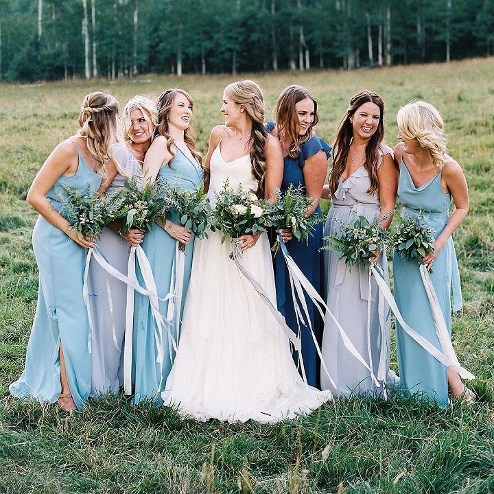mix and matched bridesmaid dresses | Blue bridesmaid dresses #bridesmaiddresses