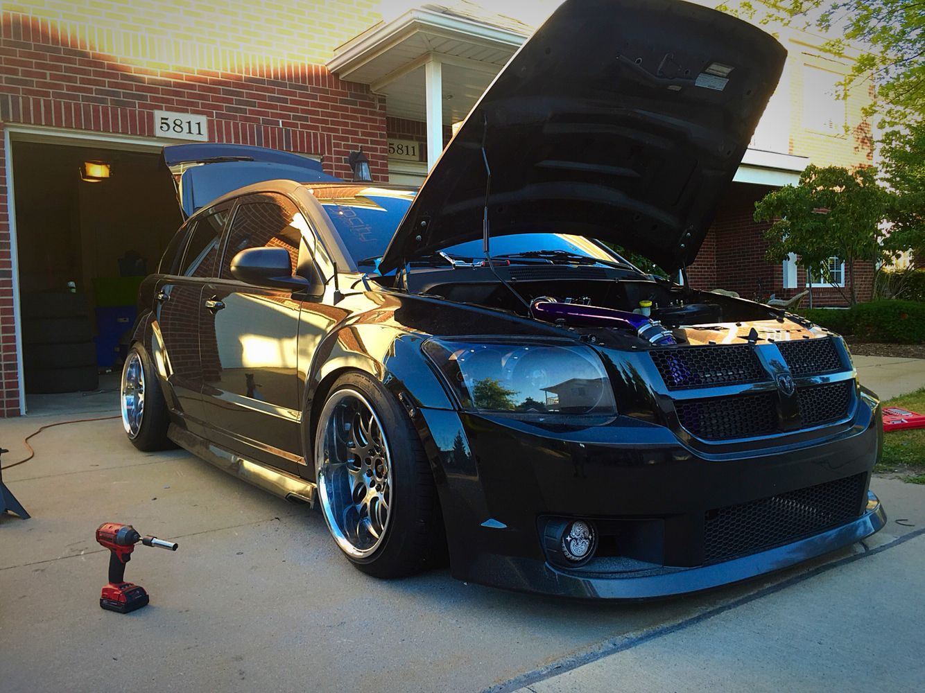 dodge caliber srt4 dodge csrt4 stance low stancenation cars pinterest dodge caliber. Black Bedroom Furniture Sets. Home Design Ideas