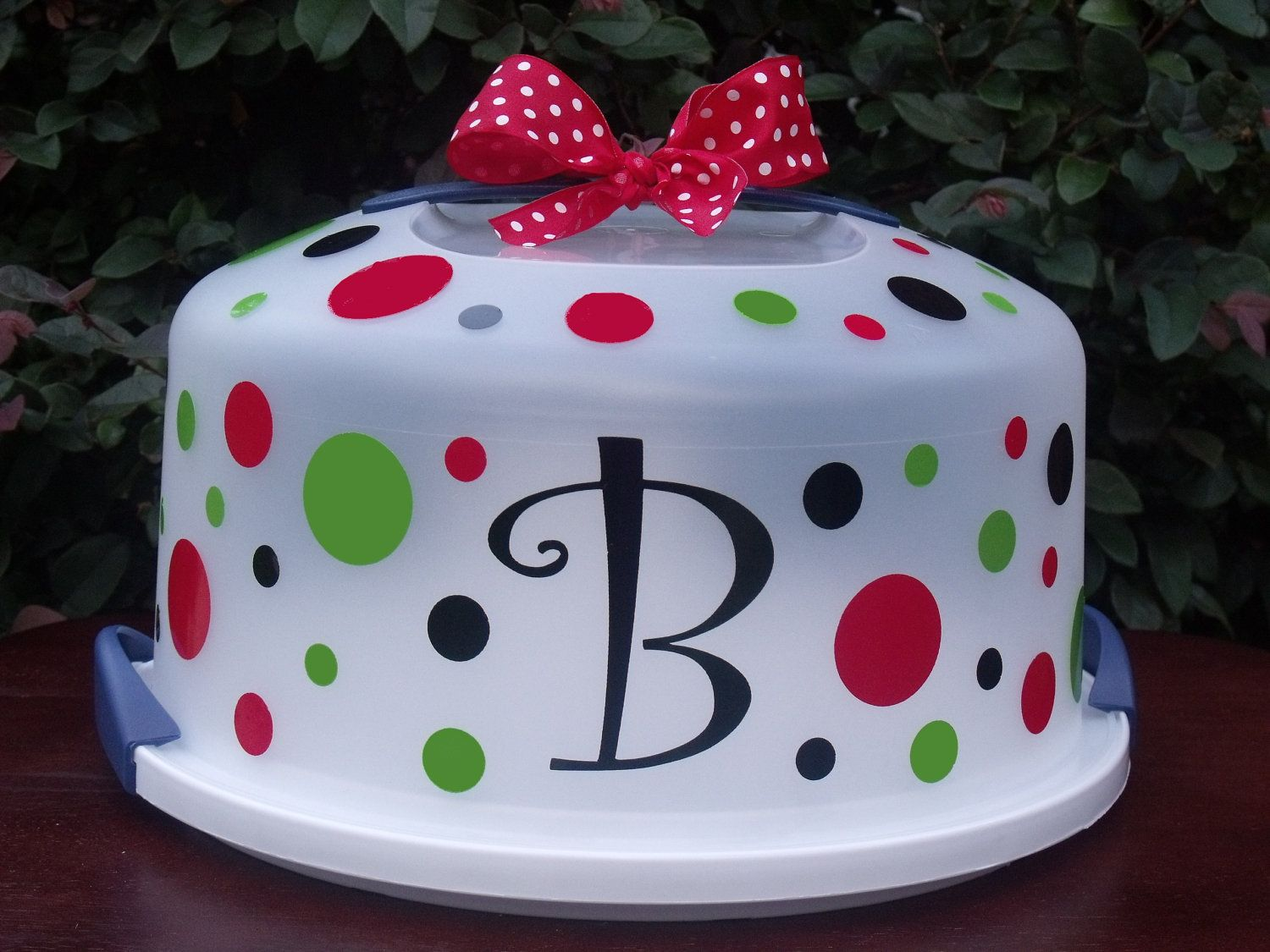 Decorate A Plastic Cake Carrier For The Love Of It