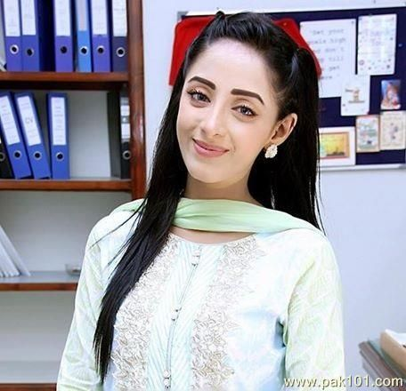 sanam chaudhry - Google Search | fashion 1 | Pakistani actress