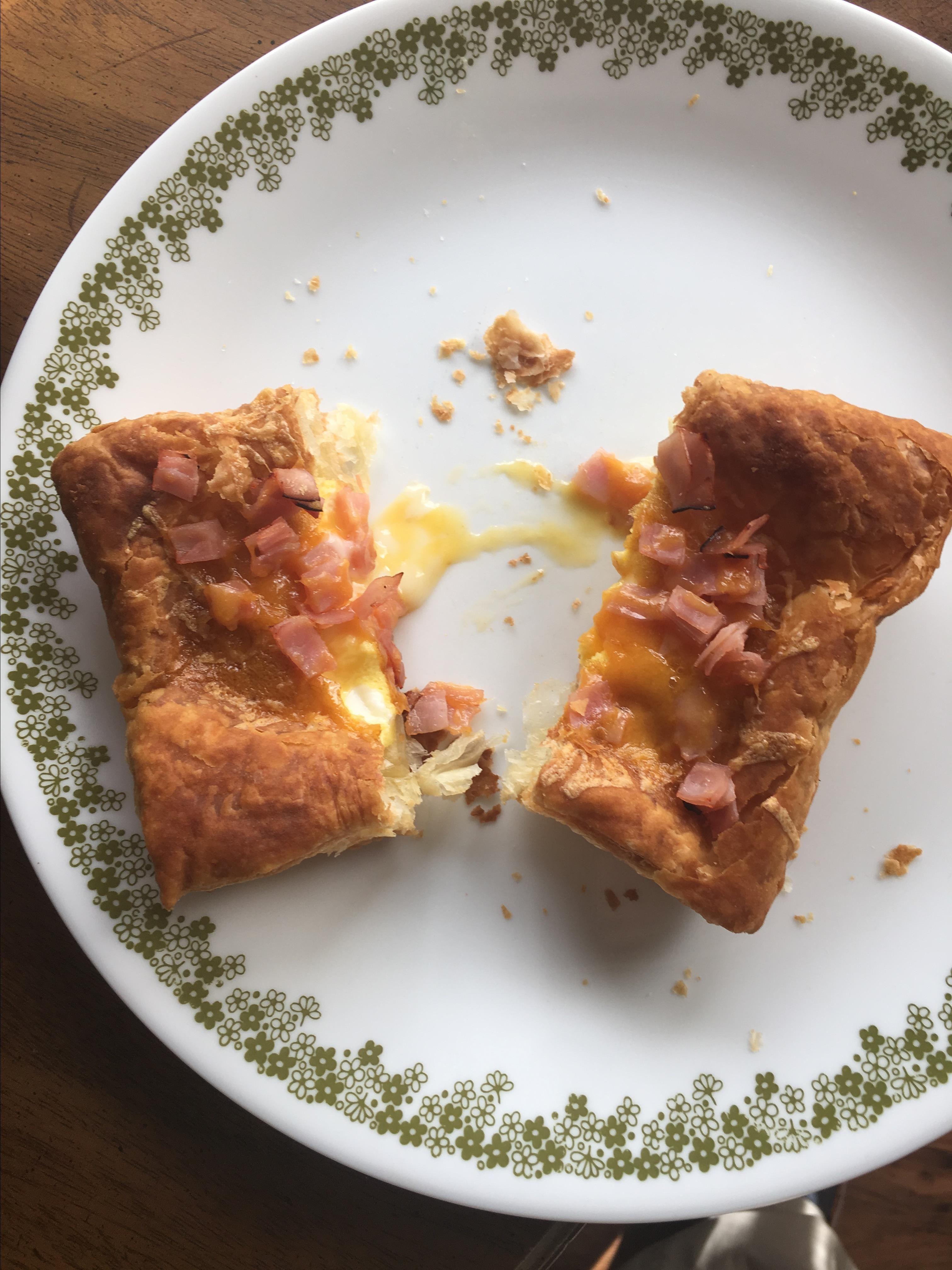 Air fryer breakfast toadinthehole tarts recipe in