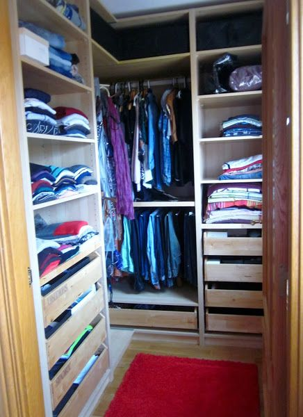 Consejos y trucos para ordenar un armario for Ordenar armarios cocina