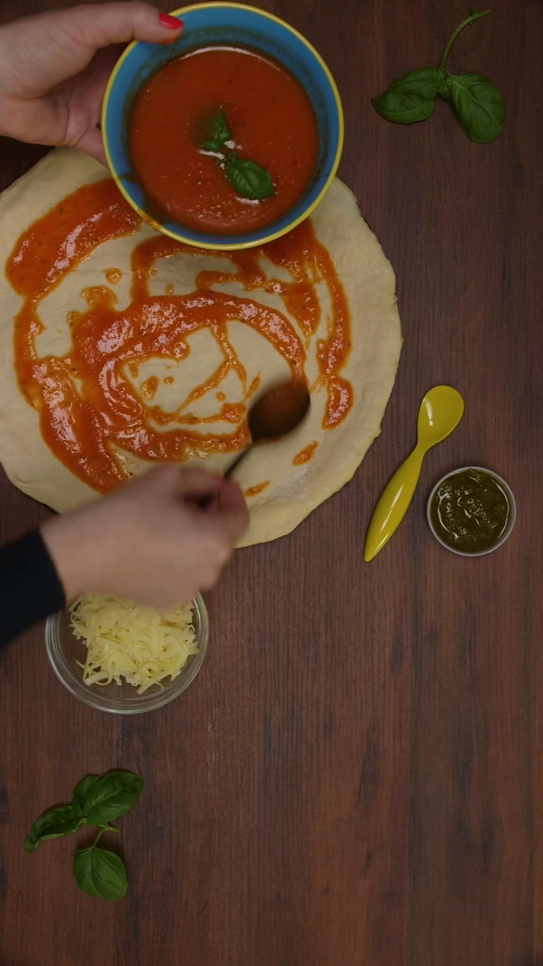 So gut: Pizzateig mit Hefe #pizzateigmittrockenhefe