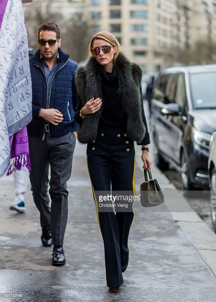 Olivia Palermo outside Elie Saab during the Paris Fashion Week -Haute Couture- Spring/Summer 2016 on January 27, 2016 in Paris, France.