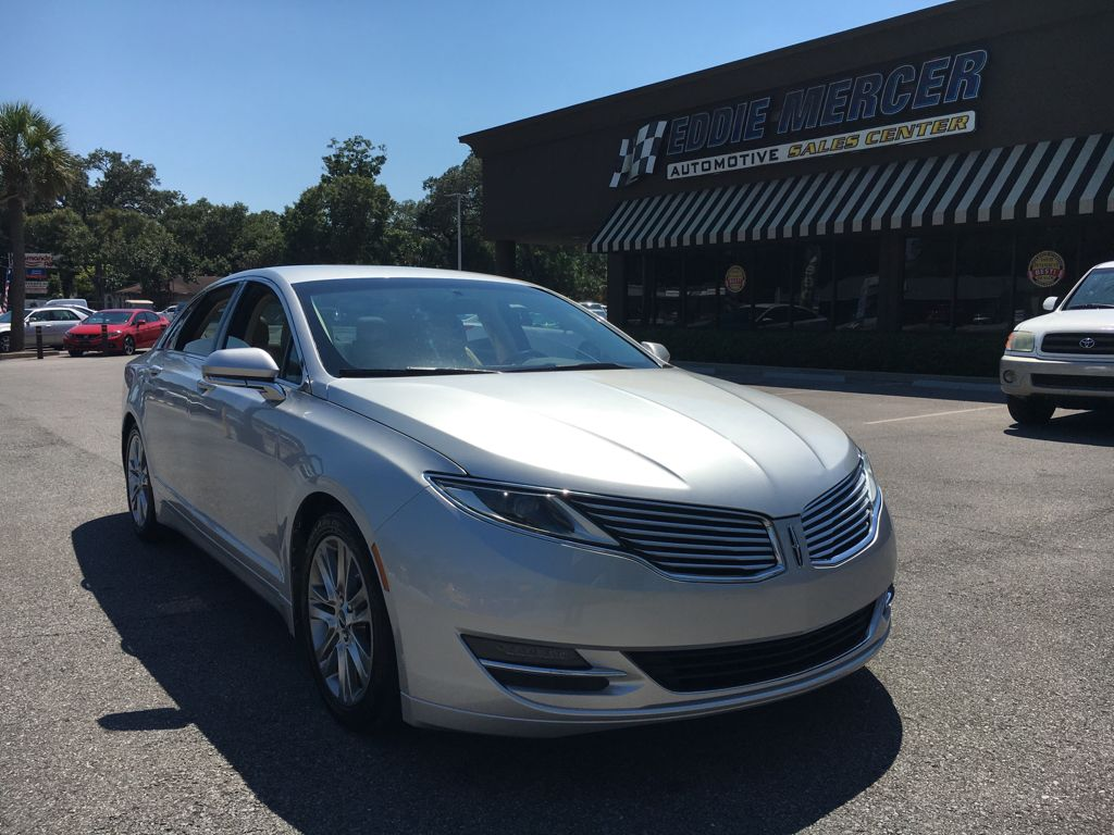interior hybrid for lincoln driver mkz own sale s preliminary goes build lincolns feature your news seat live