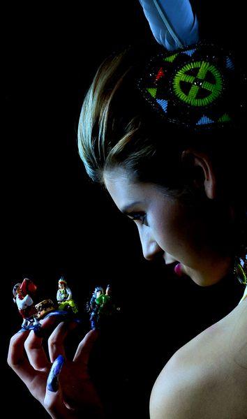 Pow wow http://www.makeupbee.com/look_Pow-wow_37989