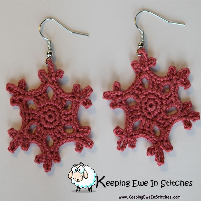 The Country Rose Snowflake Earrings are that beautiful muted rose that grace Shabby Chic magazine covers. This is one of my favorite pinks. Its great for matching with your favorite sweater or accenting your favorite blue jeans.  Crochet with 100% Egypti