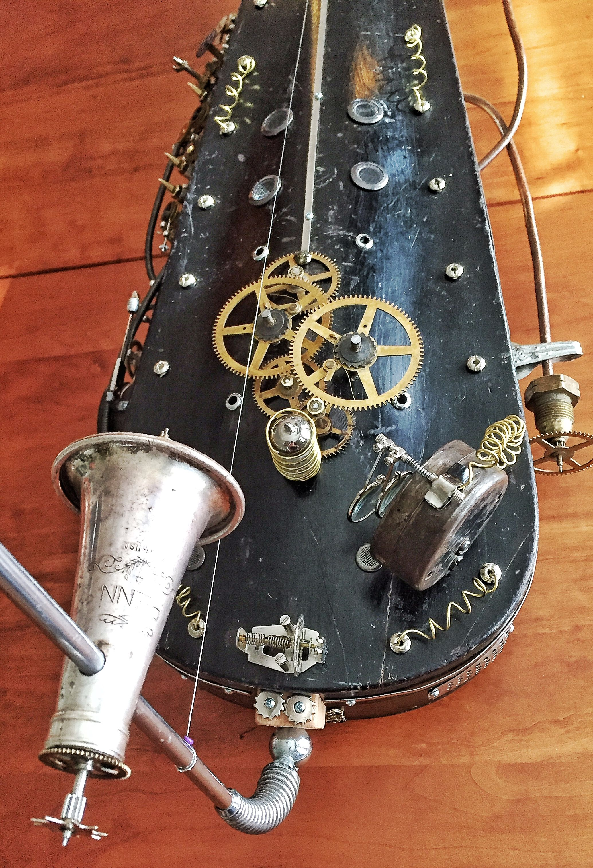 Steampunk Diddley Bow/Dan Bau made from a vintage violin case. Parts ...