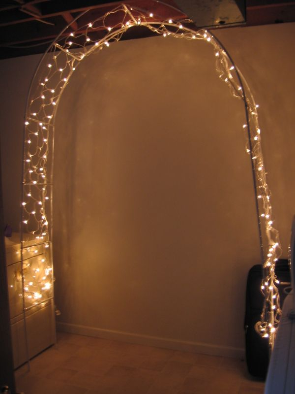 Indoor wedding arch wedding decor cakes pinterest for Diy indoor wedding arch