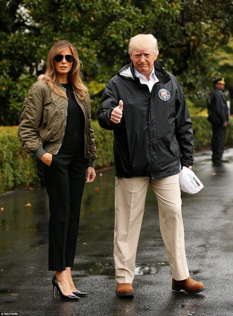 'Texas can handle anything': Trump & Melania lift spirits in Texas