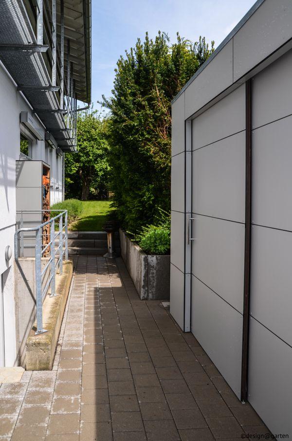 Gartenhaus / Gartenschrank mit 2 großen Schiebetüren in