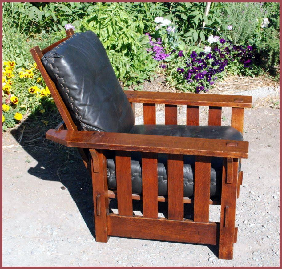 Original J.M.Young Morris chair with slats to the floor and pinned through  tenons. Original - Original J.M.Young Morris Chair With Slats To The Floor And Pinned