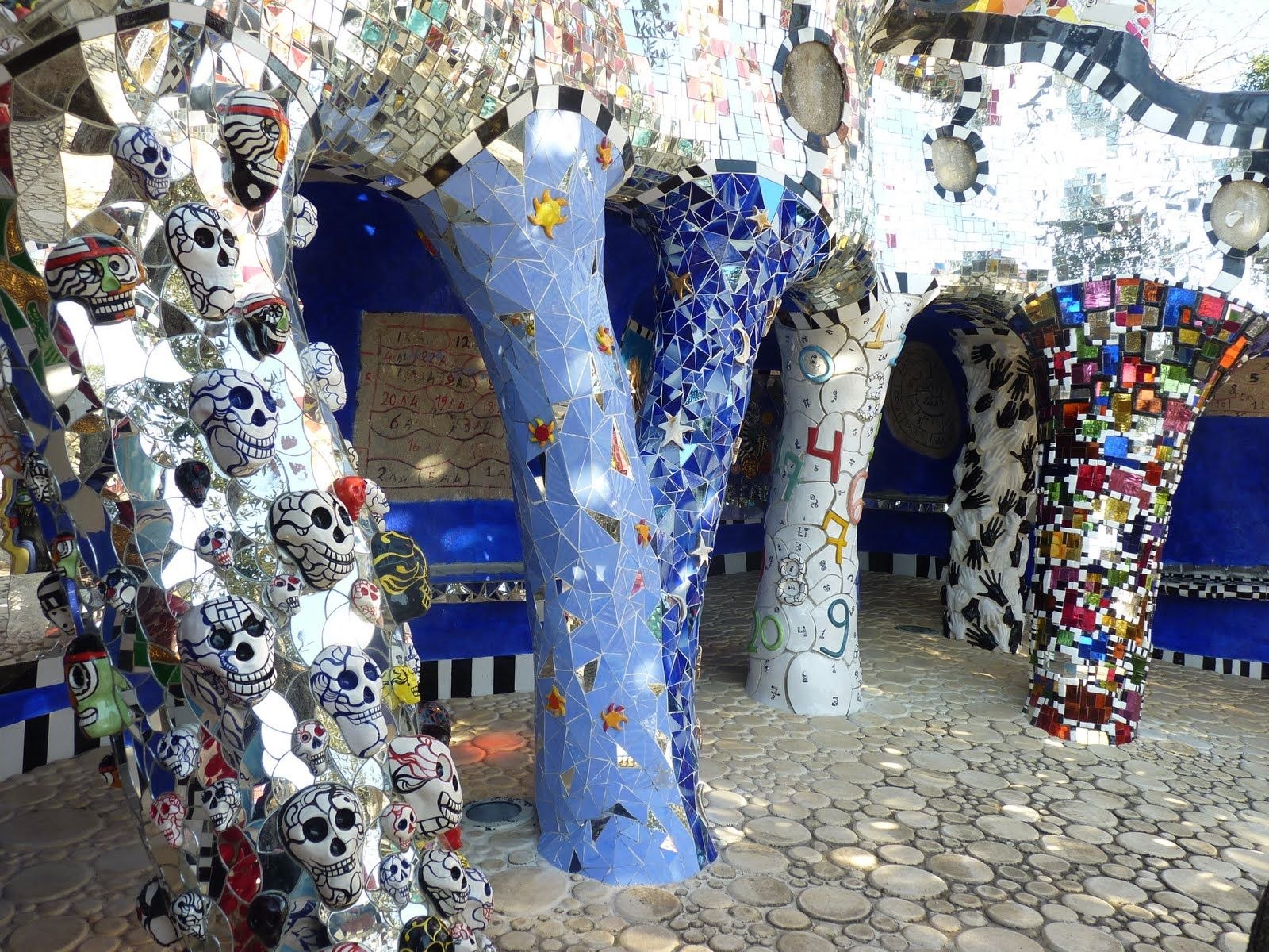 Niki De Saint Phalle Tarot Garden Google Search Art Pinterest Tarot Tuscany And Mosaics