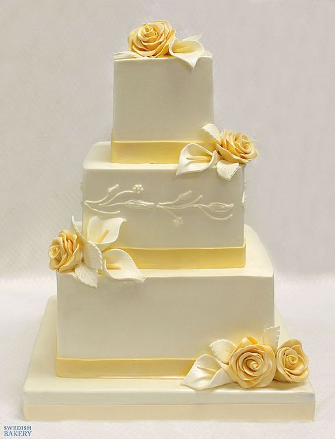 Roses And Callas Wedding Cake