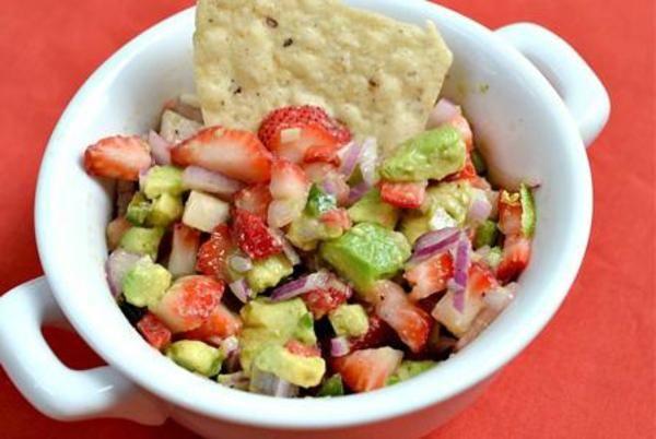 Spice up your Cinco de Mayo with these unique, delicious Cinco de mayo salsa recipes!