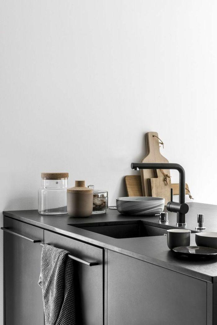 moderne küchen schwarze küchenschränke und weiße wände machen ...