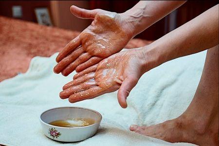 Медовый массаж от целлюлита в домашних условиях | медовый массаж ...