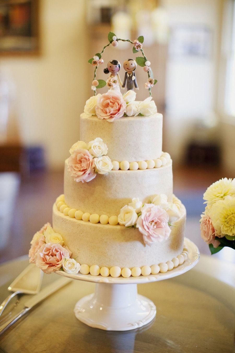 Sacramento Winery Wedding from This Modern Romance | Wedding cake ...