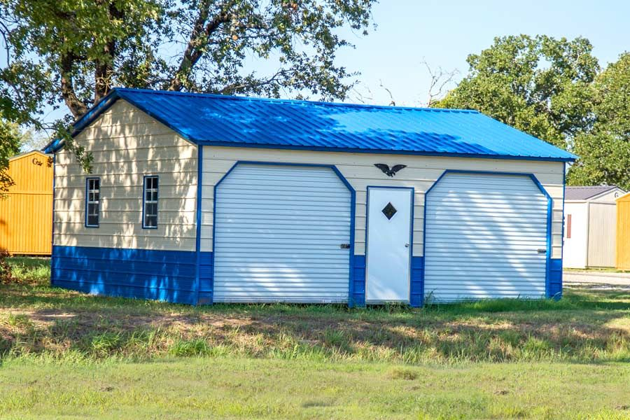 This is a 20x26 Eagle Garage with many options included