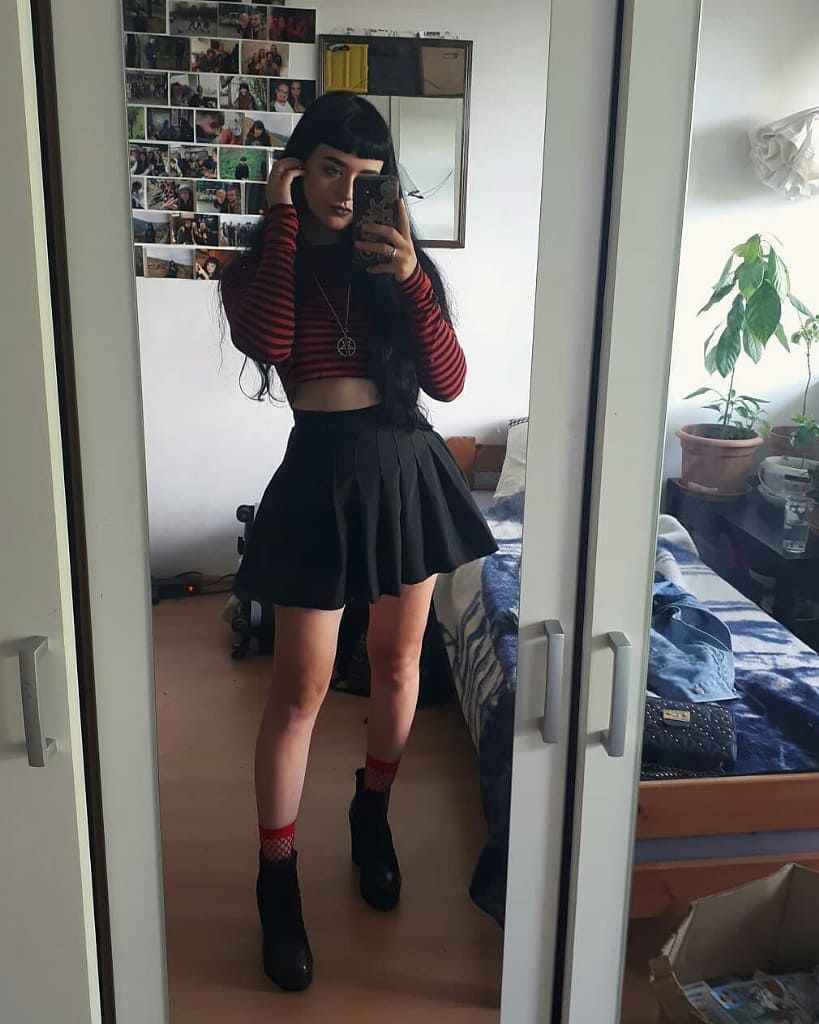 Rate This Outfit From 1 To 10 Credi Grunge Fashion Skater Skirt Outfit For Summer Geek Girl Outfit