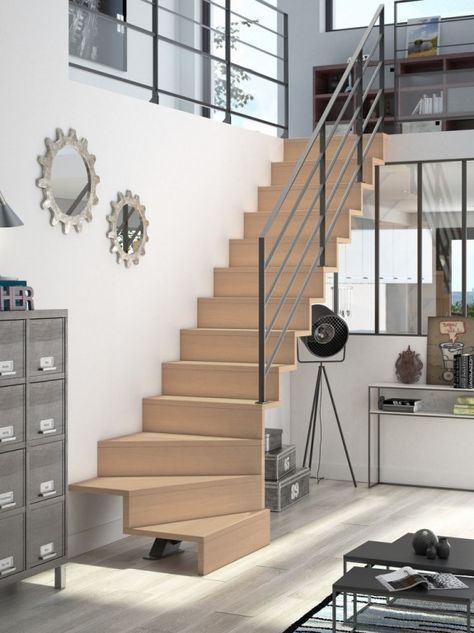 Des Idees Pour Alleger L Espace Joli Place Foyerdesign Treppendesign Treppen Innen