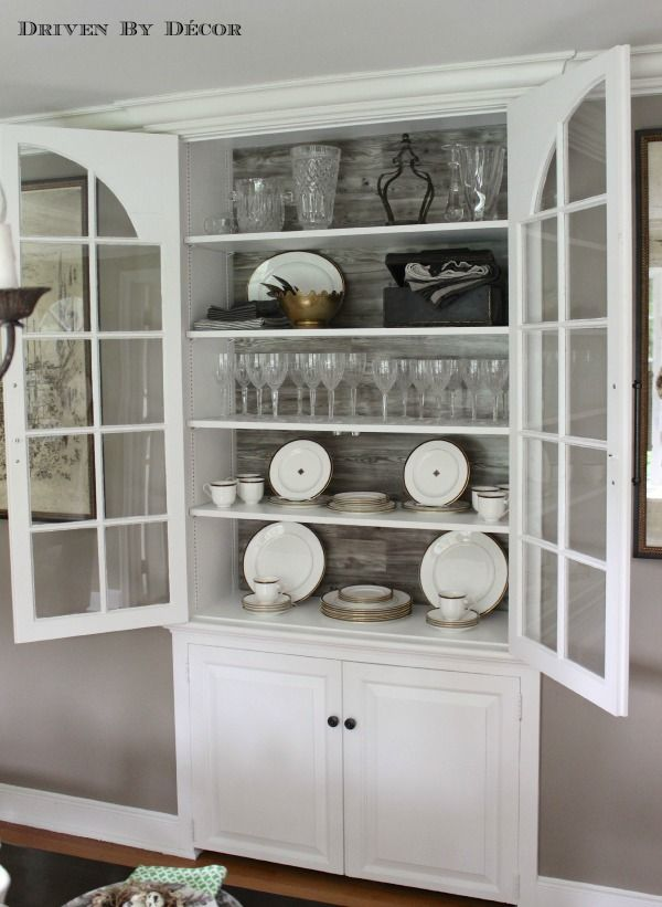 Built in china hutch -seeded glass, crown molding, between the ...